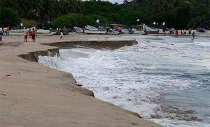 En Puerto Escondido vacacionan como si la pandemia no existiera