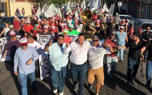 Con aglomeraciones, inician campañas en Baja California Sur