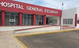 Subdirector médico vacuna contra Covid a su familia en Sinaloa