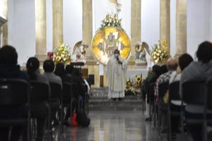 Iglesia en Monclova celebra el Domingo de Resurrección de Jesucristo