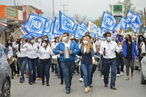 Arranca campaña Horacio de Hoyos en Castaños