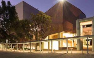 Teatro Orientación suspende funciones por caso sospechoso de COVID-19