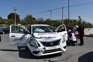Iban tras homicida y choca en Monclova