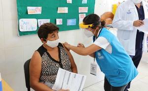 Inicia vacunación de adultos mayores contra Covid en Mérida