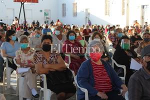 Inicia vacunación de adultos mayores en Frontera