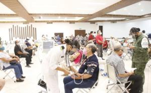 Cambios de sede inesperados y desorden en vacunación en Mérida