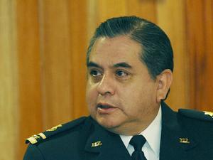 Barbosa llama a candidatos a no vincularse con grupos delictivos