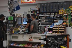 Asaltan tienda con lujo de violencia en Monclova
