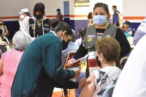 A través de citas se estará vacunando a los 'abuelitos' en Monclova