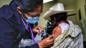 Recorrerán las colonias en Saltillo para aplicar vacuna para los adultos mayores en Monclova