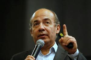 Ante caso Salgado Macedonio, Calderón revive negativa de registro a México Libre