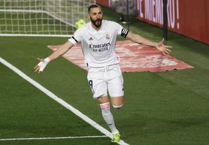 2-0 El Madrid pone contra las cuerdas al Barça