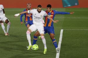 2-1 Real Madrid se lleva el clásico