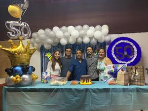 Gilberto René celebra su cumple número 50 en Monclova