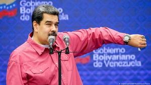 Tres gobernadores de Perú piden oxigeno a Venezuela para pacientes de covid