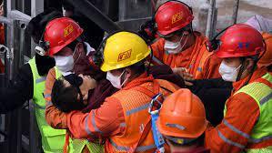 Al menos 21 personas quedan atrapadas en una mina en el noroeste de China