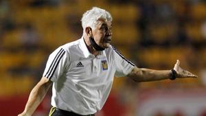 'Tuca' Ferretti: El árbitro inclinó la balanza a favor del América