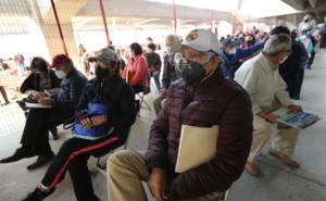 Inicia aplicación de segunda dosis contra Covid en Toluca