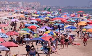 Vacaciones y campañas incrementarán casos de Covid en Colima