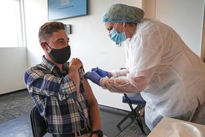 Casi 31 % de los uruguayos recibieron al menos una dosis de vacuna anticovid
