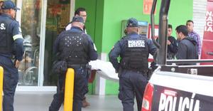 Detienen a policía de Edomex que presuntamente cometía extorsión