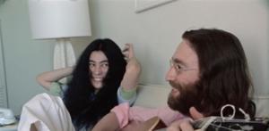 Sale a la luz un nuevo video de John Lennon ensayando 'Give Peace a Chance'