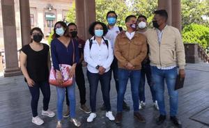 Denuncian estudiantes suspensión de apoyo para transporte público
