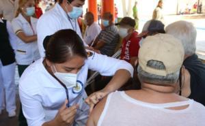 Vacunan contra Covid en penales de Sinaloa