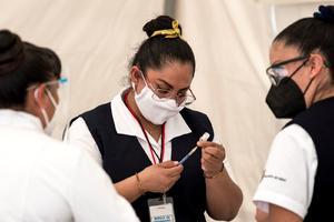 Congreso de Coahuila urge a vacunar a médicos y dentistas privados contra el COVID-19