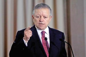 Amplía Senado por dos años periodo de Arturo Zaldívar al frente de SCJN