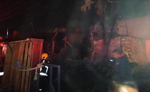 Incendio en Chalco deja 3 muertos y 4 heridos
