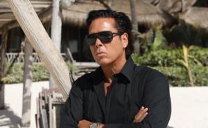 Roberto Palazuelos buscará gobernatura de Quintana Roo