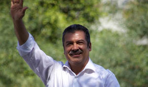 Raúl Morón presenta ante Tribunal impugnación por retiro de registro