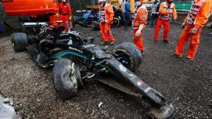 Bottas y Russell dan su versión sobre el accidente