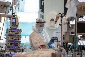 Francia registra 140 muertes por coronavirus en 24 horas