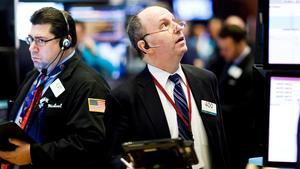 Wall Street abre en rojo y el Dow Jones baja un 0,41 % tras semana de récords