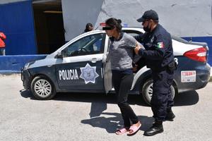 Detienen a agresiva mujer en Monclova