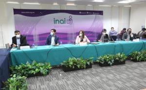 Analizan comisionados del INAI reforma de Morena sobre IAIP