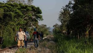 AMLO: Se abrirán 17 albergues en frontera sur para resguardar a menores