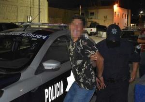 Merodeaba negocios en Monclova; fue detenido