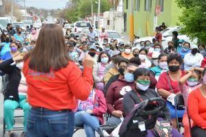 Piden colonias a candidata del PRI brigadas de limpieza