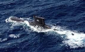 Desaparece submarino con 53 tripulantes a bordo