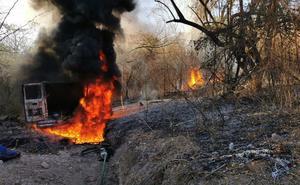 Investigan incendio en ducto de Pemex en Sinaloa