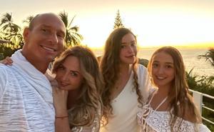 Mía Rubín cumple 16 años y la celebran sus papás