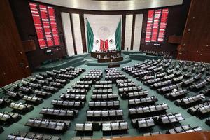 Diputados de la 4T avalan Ley Zaldívar en lo general