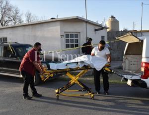 Adulto mayor pierde la vida en calles de Castaños; presuntamente sufrió un infarto