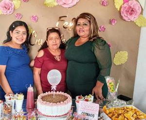 Gladys Guerrero en su cumpleaños 38