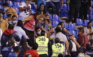 Identifican a seguidor de Pumas que agredió a mujer
