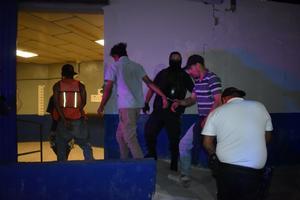 Atrapan a ladrones en el kilómetro 18 en Monclova