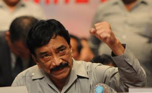 Ferrocarrileros exigen que gobierno deje de proteger a Víctor Flores